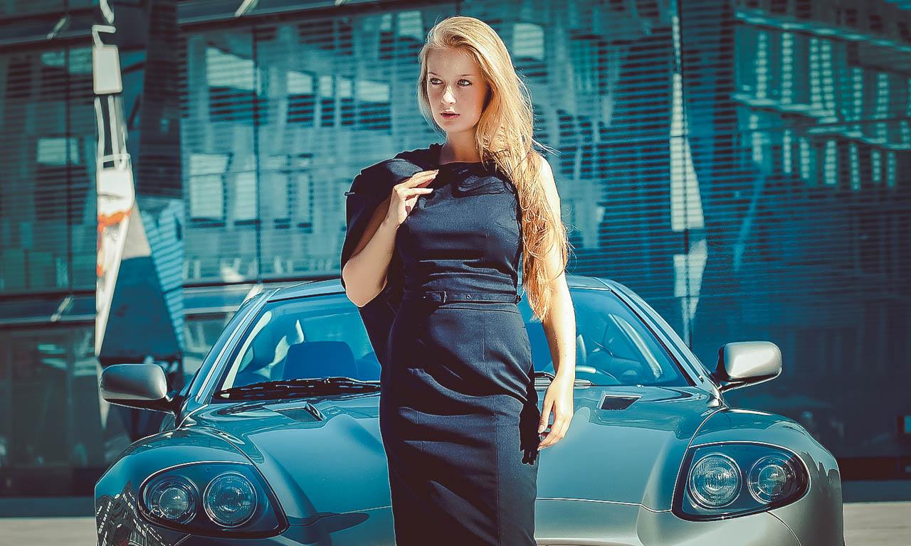 Aston Martin Vanguish, Photoshooting, Supercar, Dodge, Supersportwagen mit 750 PS, AUTOmativ.de, Thomas Huebner, Benjamin Brodbeck, Menschen und Motoren, BMW Z8, Porsche, Mercedes-Benz, BMW, Luxus, Alfa Romeo Giulia Quadrifoglio, Vienna Auto Show, IAA Fra