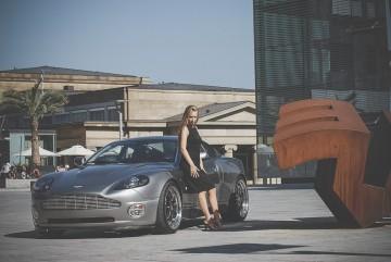 Aston Martin Vanquish Photoshooting 3 360x241 - Kinga, der Aston Martin Vanquish und ich
