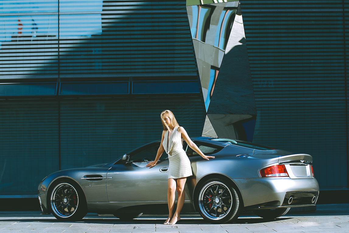 Aston Martin Vanquish Photoshooting 5 - Kinga, der Aston Martin Vanquish und ich