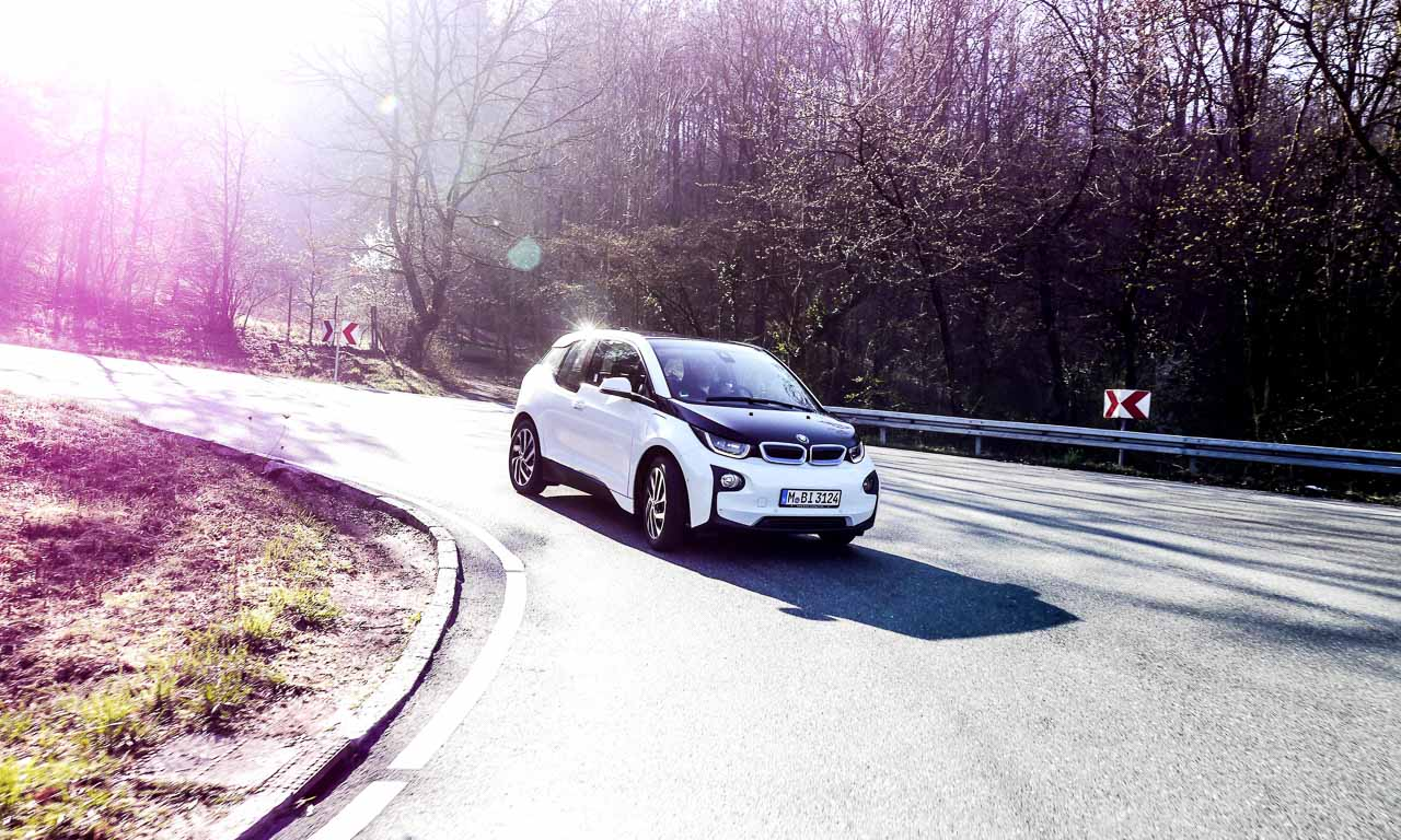 BMW i3 BMW BMW i BMW Elektroauto Elektroauto Elektromobilitaet Elektrosportwagen - Vor der Linse: BMW i3, die Misere der E-Mobilität und der Schwindel beim Feinstaub-Alarm