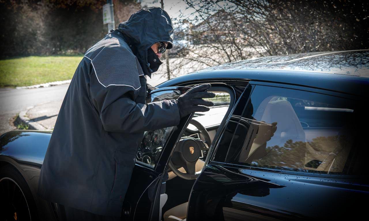 Autodiebstahl-bei-Keyless-Go-Systemen-Stern.TV-Audi-Porsche-Volkswagen-Fiat-AUTOmativ.de-Porsche-Panamera-GTS-Autonomes-Fahren