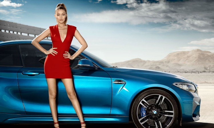 Supermodel Gigi Hadid ist ganz heiß auf das BMW M2 Coupé