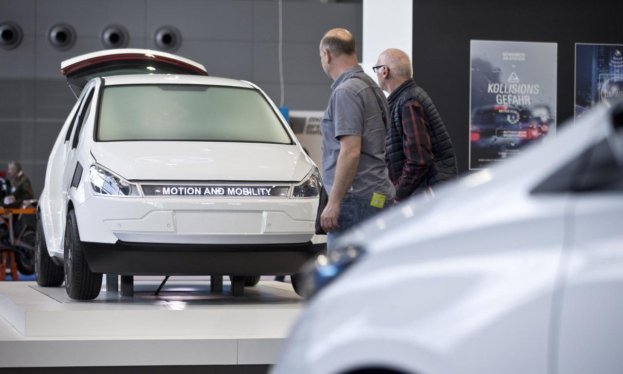 Auto, motor und sport i- mobility-AUTOmativ.de-Elektromobilität-Mercedes-Daimler-Renault-Toyota-intelligente Mobilität-alternative Antriebe-Hybrid-Brennstoffzelle-Messe-Stuttgart