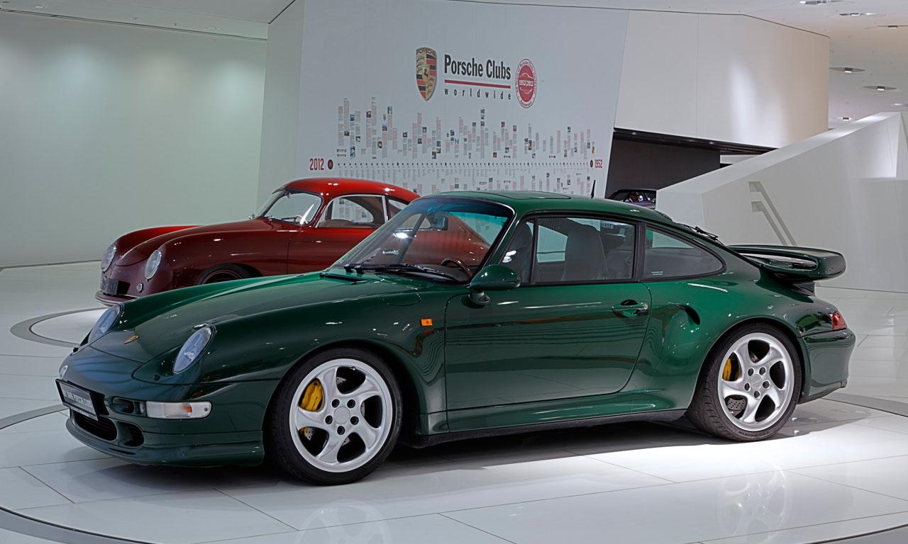 Porsche-993-911-Turbo-S-von-Dr-Wolfgang-Porsche-im-Porsche-Museum-Leistungssteigerung-Powerkit-X51