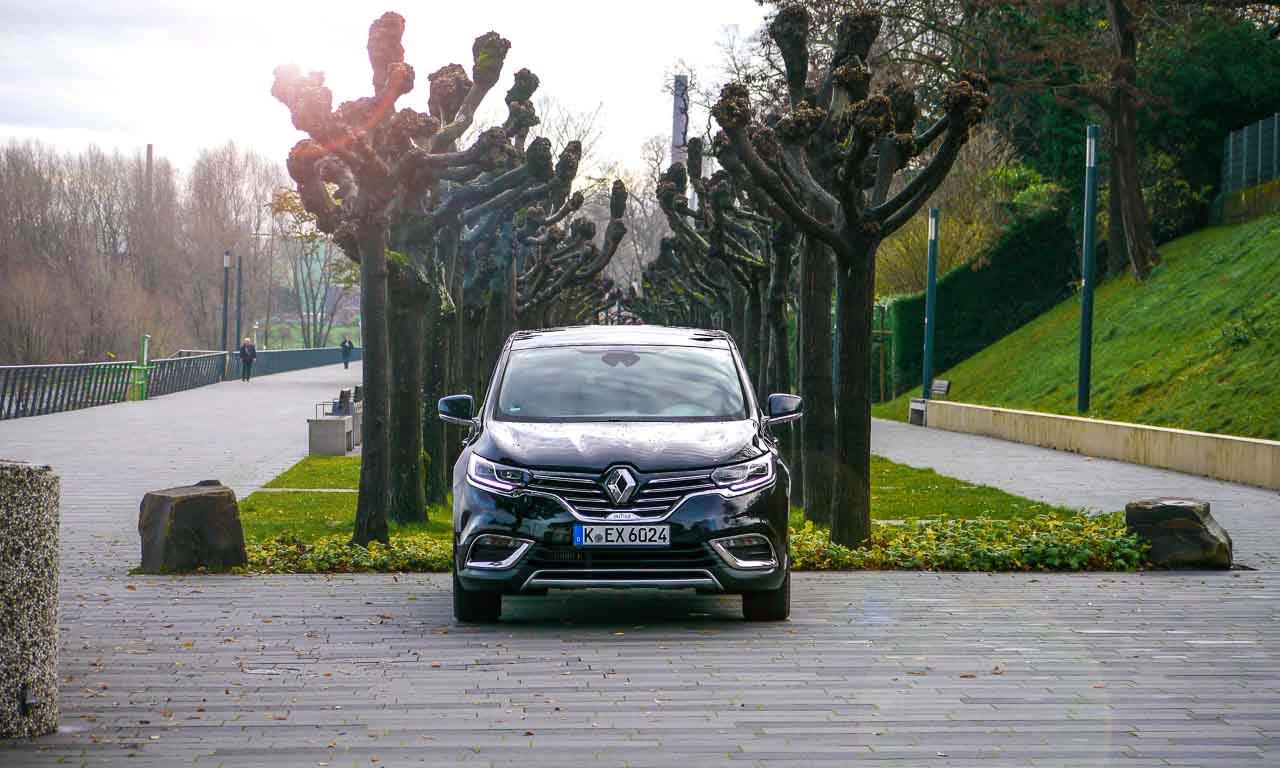Renault-Espace-Fahrbericht-im-Test-Scenic-Koeln-AUTOmativ-Benjamin-Brodbeck-VW-Touran-Raumschiff-Renault-Familien-Van