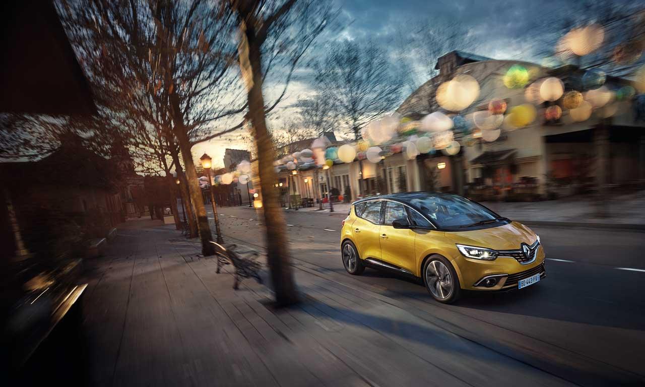 Renault-Scenic-Kompakt-Van-Familien-Van-AUTOmativ-Autosalon-Genf-Benjamin-Brodbeck-Peugeot-Volkswagen-Skoda