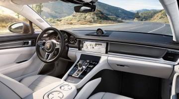 Der neue Porsche Panamera ist endlich Schlafzimmerwandposter-tauglich