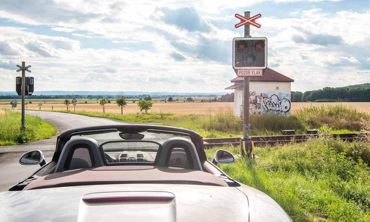 Tour durch Ost-Europa mit einem Porsche Boxster GTS von Stuttgart ueber Plzen/Pilsen ueber Prag/Praha über Brno/Bruenn über Olmitz/Olomouc ueber Wien/Vienna ueber Steiermark und Tirol zurueck nach Stuttgart AUTOmativ-Tour