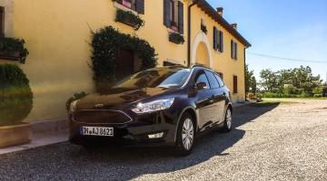 Der Ford Focus Kombi (1.0l) fährt sich wie ein aufgeweichtes Baguette auf Rädern