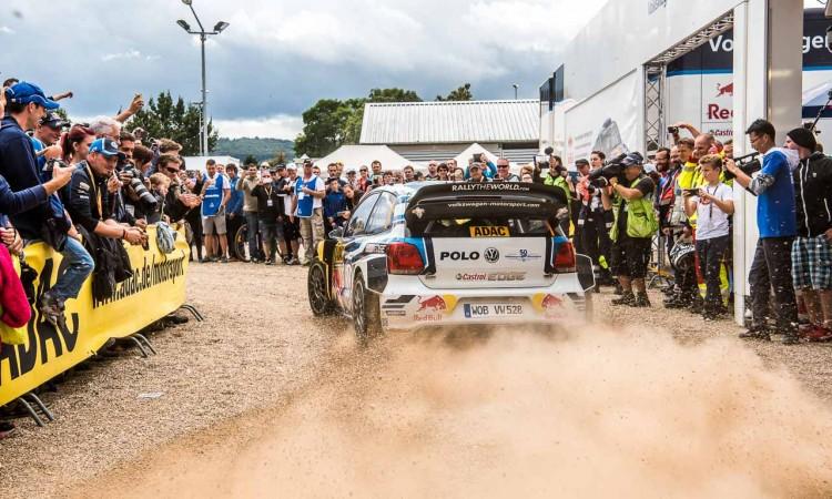 ADAC Rallye Deutschland 2016: Mit dem VW Polo R WRC Vollgas durch Trier