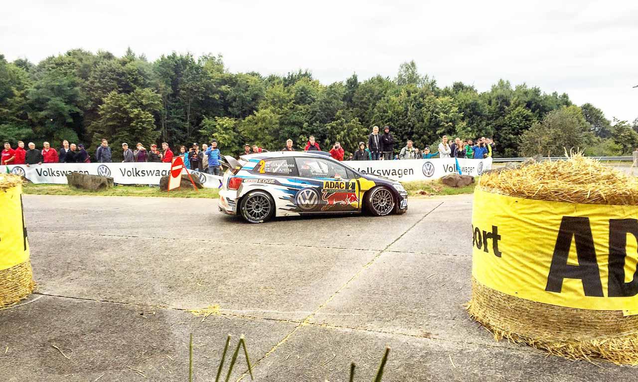 Rallye Deutschland mit Volkswagen und Sebastien Ogier AUTOmativ.de Benjamin Brodbeck VW Polo R WRC Sieg 42 - ADAC Rallye Deutschland 2016: Mit dem VW Polo R WRC Vollgas durch Trier