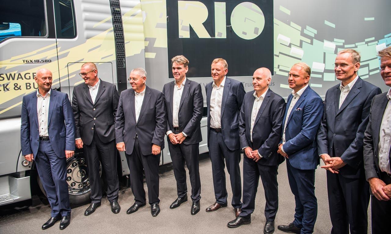 Das Team um Andreas Renschler: nur die Besten. Mit dabei auch bekannte Gesichter aus dem Volkswagen-Konzern (logischerweise) und VW Nutzfahrzeug-Vorstände