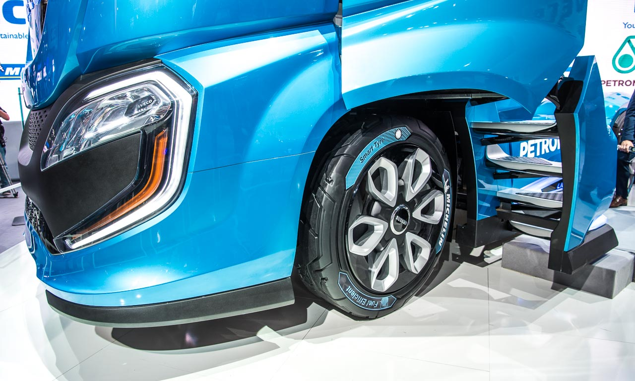 IAA-Nutzfahrzeuge-2016-Rundgang-Mercedes-Trucks-and-Buses-Vans-Volkswagen-MAN-Scania-IVECO-Trucks-Opel-Nutzfahrzeuge-Volkswagen-Nutzfahrzeuge-AUTOmativ-Benjamin-Brodbeck