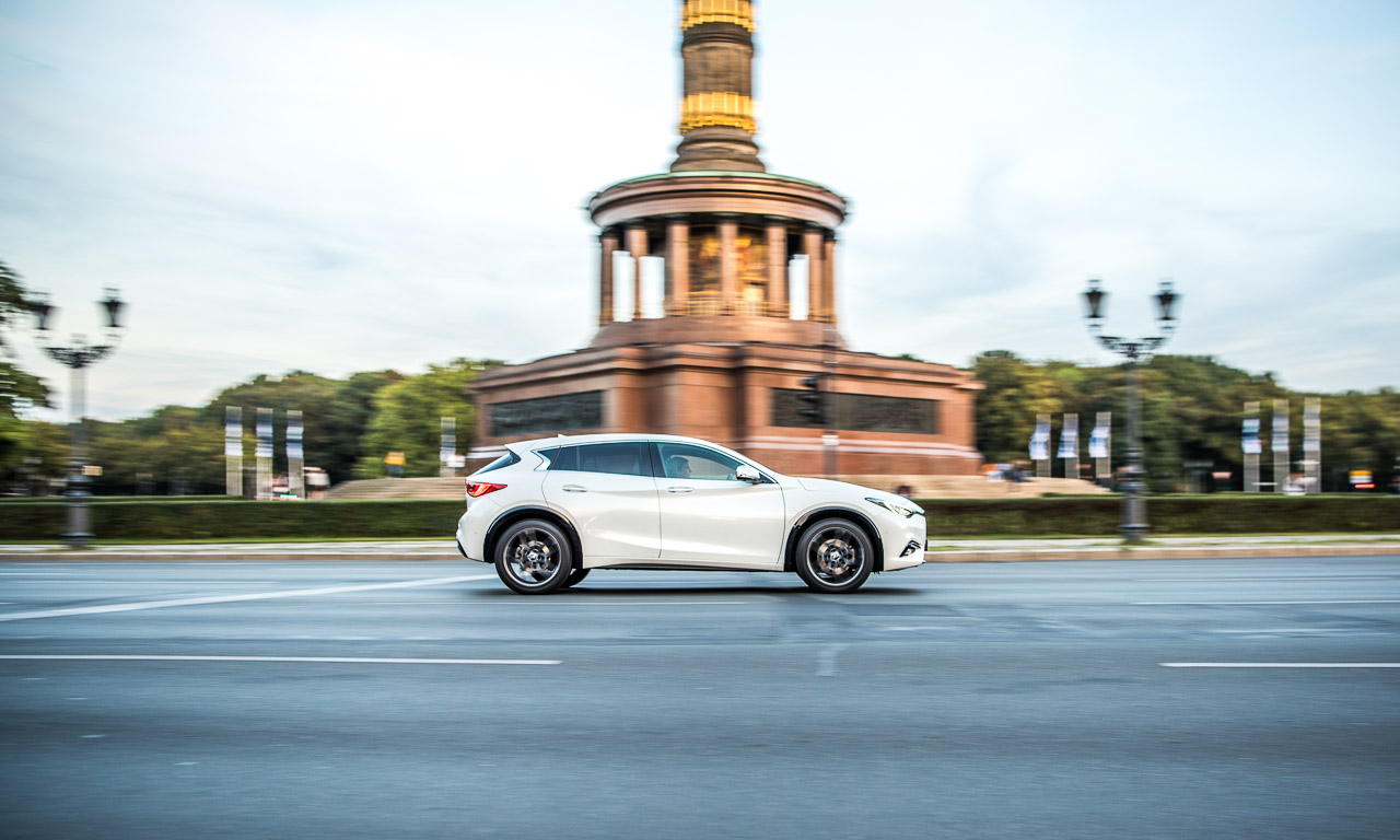 Infiniti Q30 2.2 Diesel im Fahrbericht Test 2.000 Kilometer Dauertest Berlin Hannover Magdeburg Roadtrip AUTOmativ.de Benjamin Brodbeck