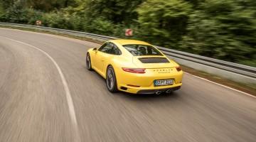 Porsche 911 Carrera S 992 im Test Racing-Gelb Fahrbericht Porsche Test AUTOmativ.de Benjamin Brodbeck