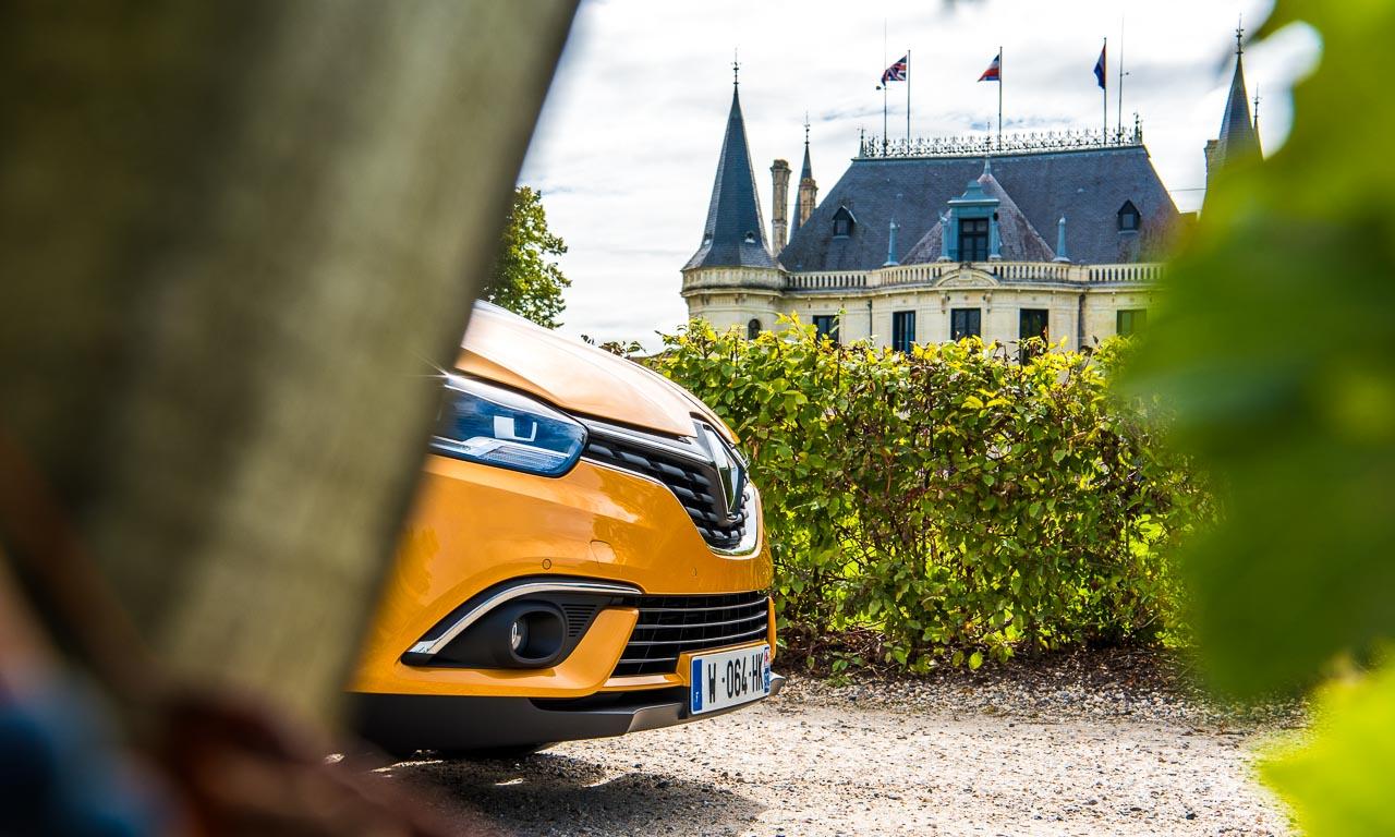 Renault-Grand-Scenic-Test-Fahrbericht-AUTOmativ.de-Benjamin-Brodbeck-Renault-Espace-Kofferraum-FamilienVan-Kompakt-Van-Familie-Bordeaux-Frankreich