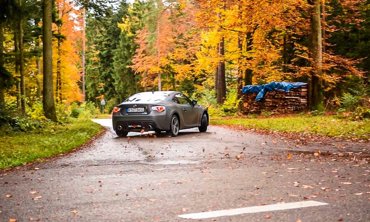 Toyota GT86 im Test Cover 3 - Toyota GT86 (2016) im Test: Tiefe Alltags-Rennsemmel