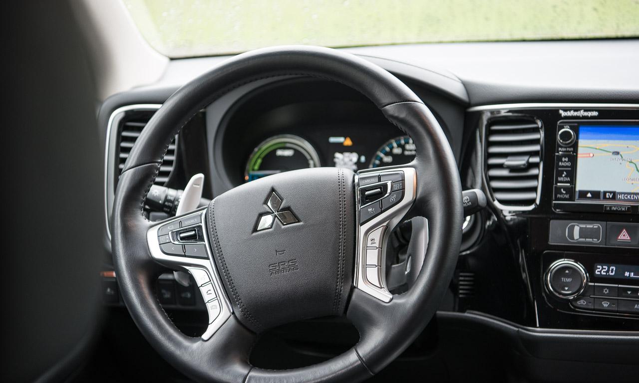 Mitsubishi Outlander PHEV Hybrid Plug In Hybrid im Test von AUTOmativ.de und Benjamin Brodbeck Stefan Emmerich Martin Schmidt 7 - Mitsubishi Outlander PHEV: Plug-in Hybrid im Alltagstest