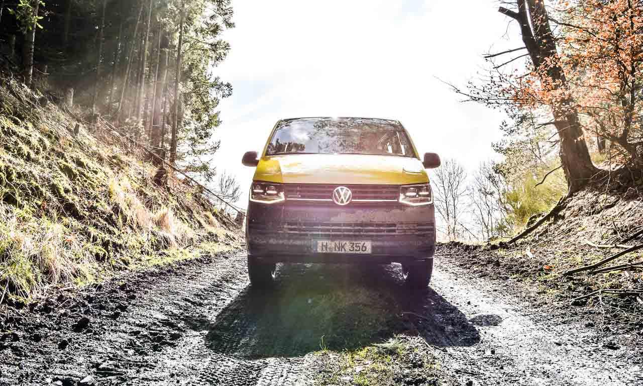 VW-T6-Rockton-Bus-VW-Bus-Volkswagen-Neuheit-Offroad-VW-Bus-Offroad-4Motion-Allrad-Monster-AUTOmativ.de-Benjamin-Brodbeck