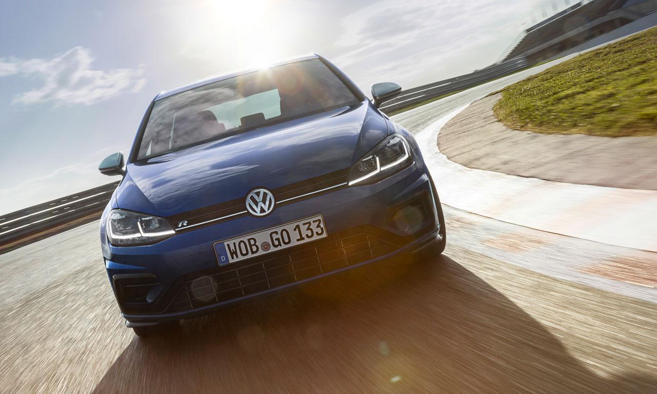 Volkswagen VW Golf R Performance 9 - Gottvater der Kompakten: Neuer VW Golf R meistert Spagat und Handstand - erste Fahrt