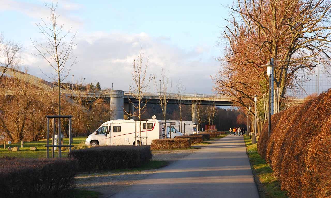 Der kommunale Wohnmobil Stellpatz wird in Baden Wuerttemberg gefoerdert - Die kommunalen Wohnmobil-Stellplätze werden in Baden-Württemberg gefördert
