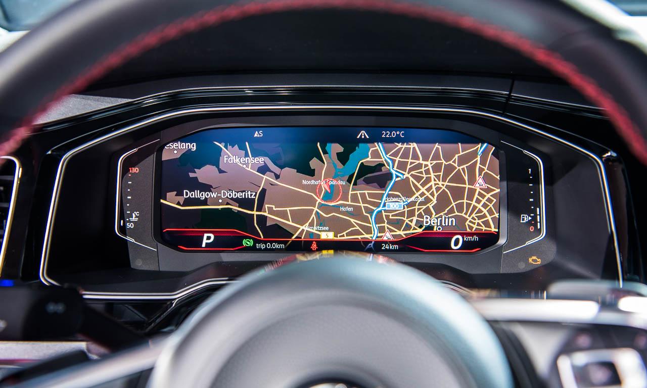1Volkswagen Neuer VW Polo 2018 GTI R Line Trendline Premiere AUTOmativ.de Benjamin Brodbeck Berlin 32 - Erste Sitzprobe im neuen VW Polo der 6. Generation: Der Golf-Kannibale
