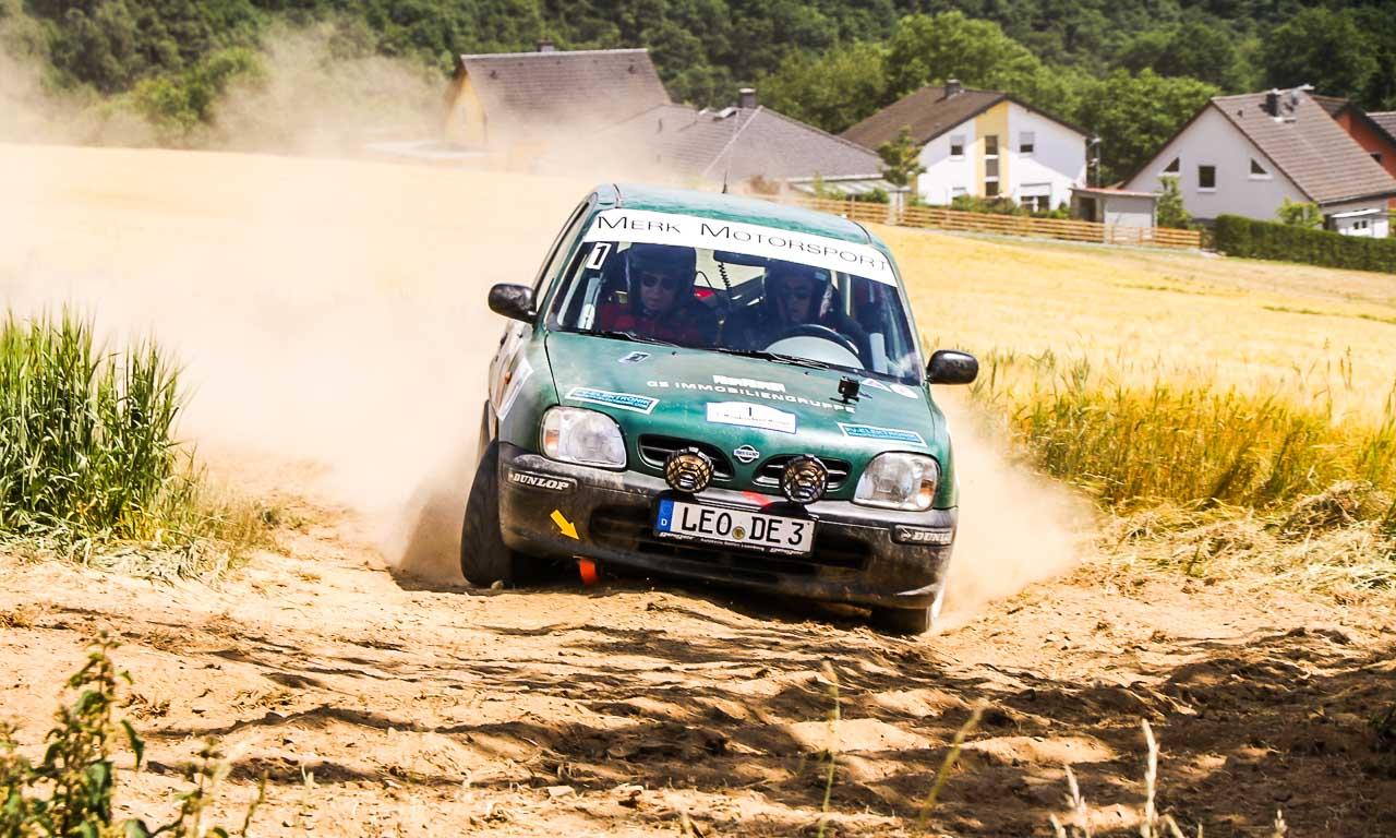 Merk Motorsport Rallye 2017 Nissan Micra AUTOmativ.de Constantin Merk Henry Miller Benjamin Brodbeck 1 8 - Unser Nissan Micra ist Dritter bei der Hombachtal-Rallye 2017 in Geisig!