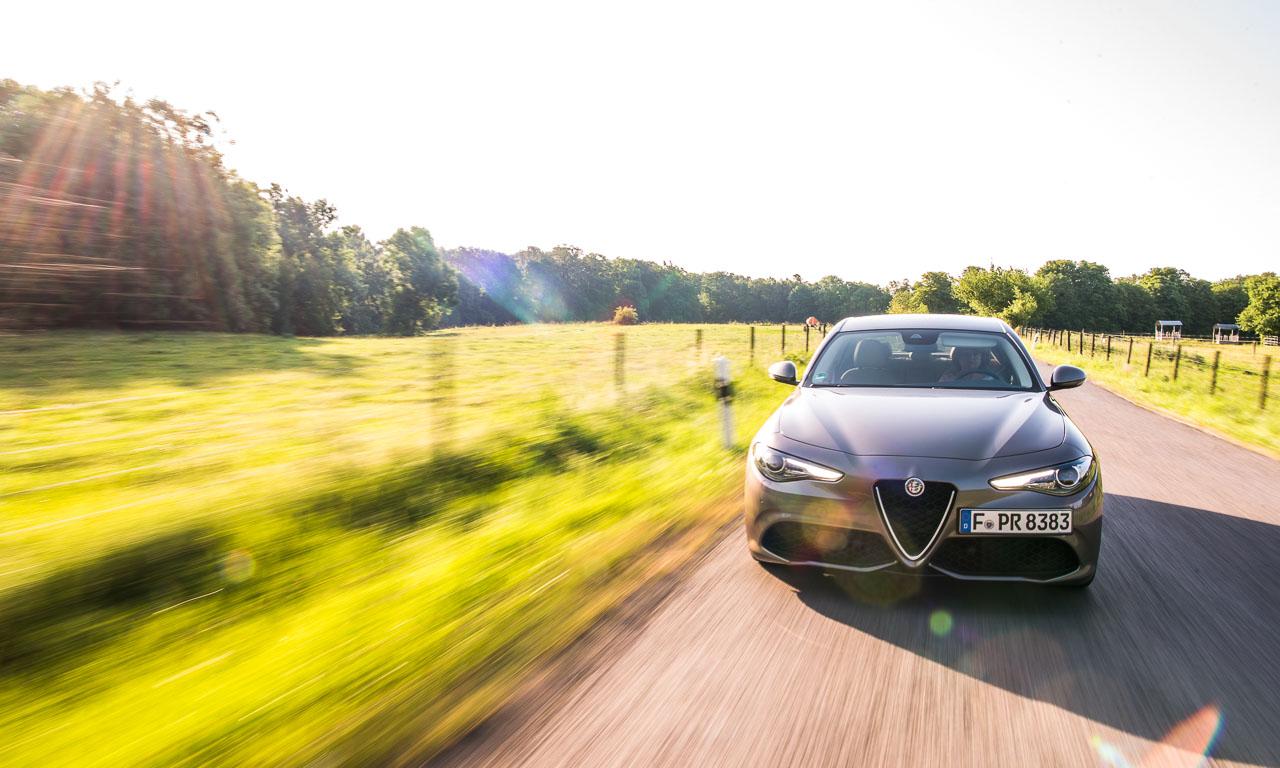 Alfa Romeo Giulia Veloce im Fahrbericht Test AUTOmativ.de Benjamin Brodbeck 7 - Alfa Romeo Giulia Veloce 2.2 Diesel im Fahrbericht: Selbstbewusste Signorina