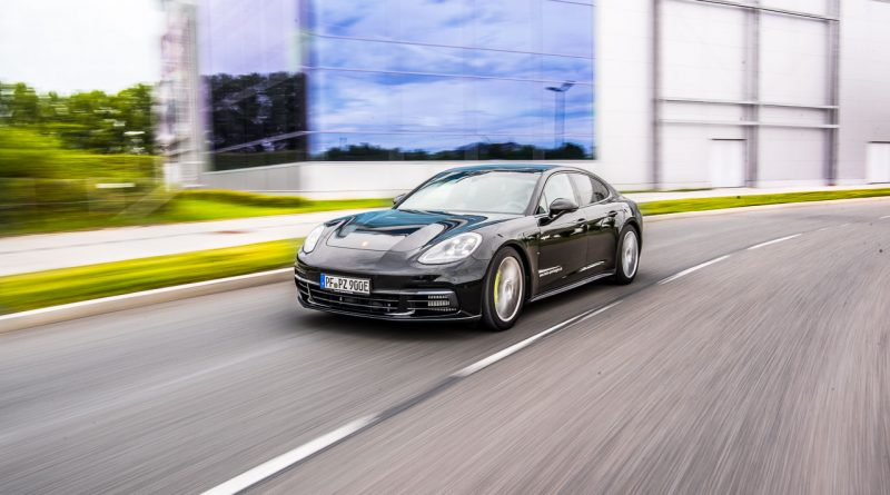 Porsche-Panamera-4-E-Hybrid-im-Test-Fahrbericht-von-AUTOmativ.de-Thomas-Huebner-AUTOmativ.de
