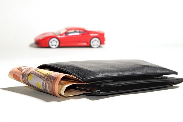Wie das Auto finanziert werden soll, ist eine wichtige Frage. (Quelle: andreas160578 (CC0-Lizenz)/ pixabay.com)