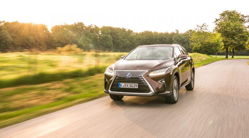 Lexus-RX450h-Test-Fahrbericht-Langstrecke-Wien-Stuttgart-Leonberg-Schloss-Solitude-Lexus-RX-Toyota-AUTOmativ.de-Benjamin-Brodbeck
