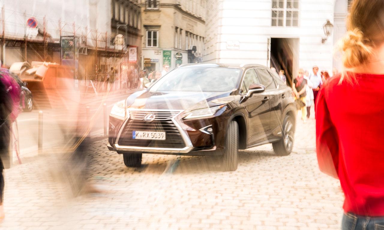 Lexus RX450h Test Fahrbericht Langstrecke Wien Stuttgart Leonberg Schloss Solitude Lexus RX Toyota AUTOmativ.de Benjamin Brodbeck 5 - Wiener Zeitlosigkeit trifft auf asiatische Moderne: Mit dem Lexus RX 450h nach Wien