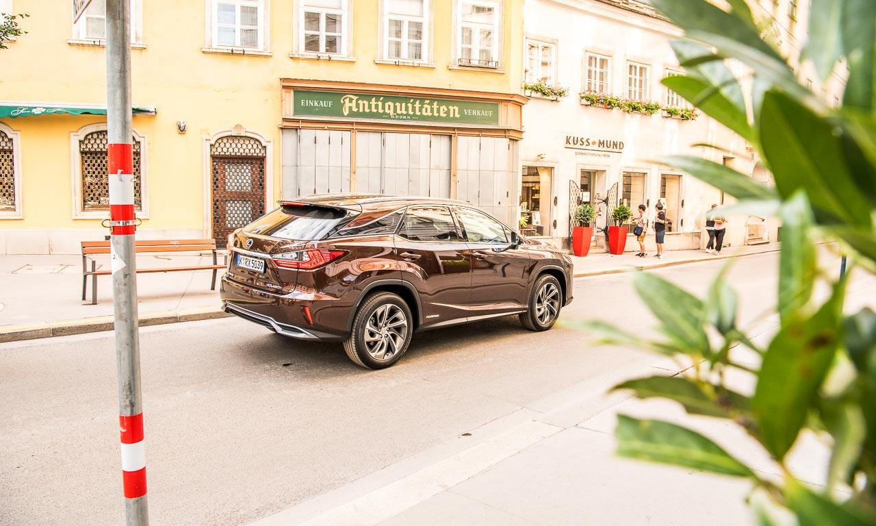 Lexus RX450h Test Fahrbericht Langstrecke Wien Stuttgart Leonberg Schloss Solitude Lexus RX Toyota AUTOmativ.de Benjamin Brodbeck 6 - Wiener Zeitlosigkeit trifft auf asiatische Moderne: Mit dem Lexus RX 450h nach Wien