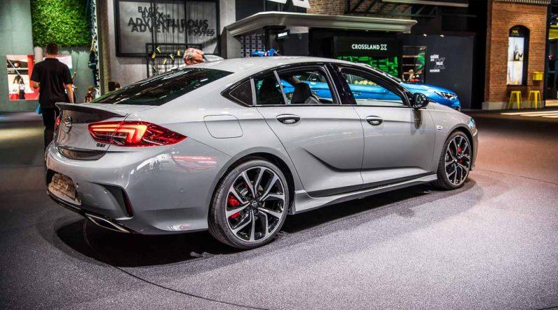 Opel Insignia GSi: Erstkontakt mit dem traditionsreichen ...