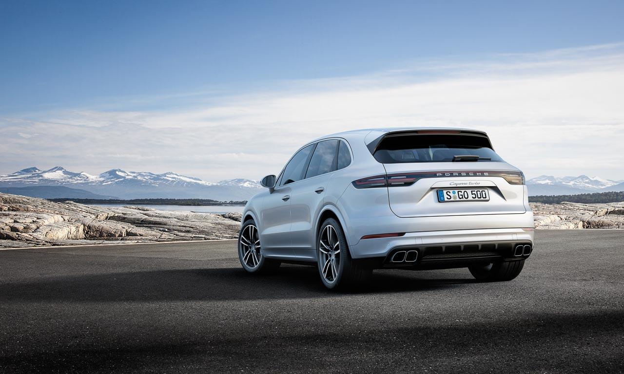 Porsche Cayenne Heck Review AUTOmativ.de Benjamin Brodbeck 5 - So langweilig die Front, so atemberaubend das Heck: Neuer Porsche Cayenne - IAA 2017