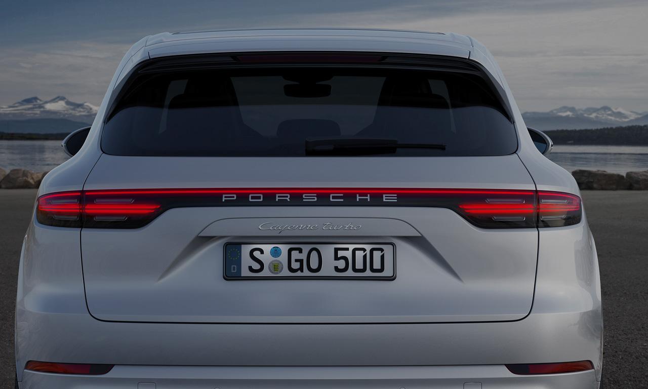 Porsche Cayenne Heck Review AUTOmativ.de Benjamin Brodbeck 6 - So langweilig die Front, so atemberaubend das Heck: Neuer Porsche Cayenne - IAA 2017