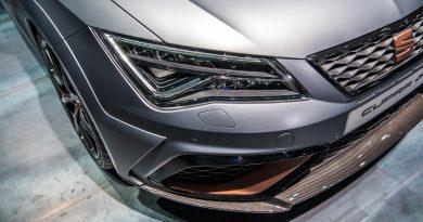 Seat Leon Cupra R 310 PS erste Sitzprobe IAA 2017 Fankfurt AUTOmativ.de Benjamin Brodbeck-6