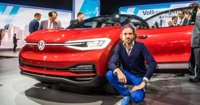 VW Volkswagen I.D. Crozz erste Sitzprobe Autonom Fahren Level 4 AUTOmativ.de Benjamin Brodbeck Konzeptauto Studie-2