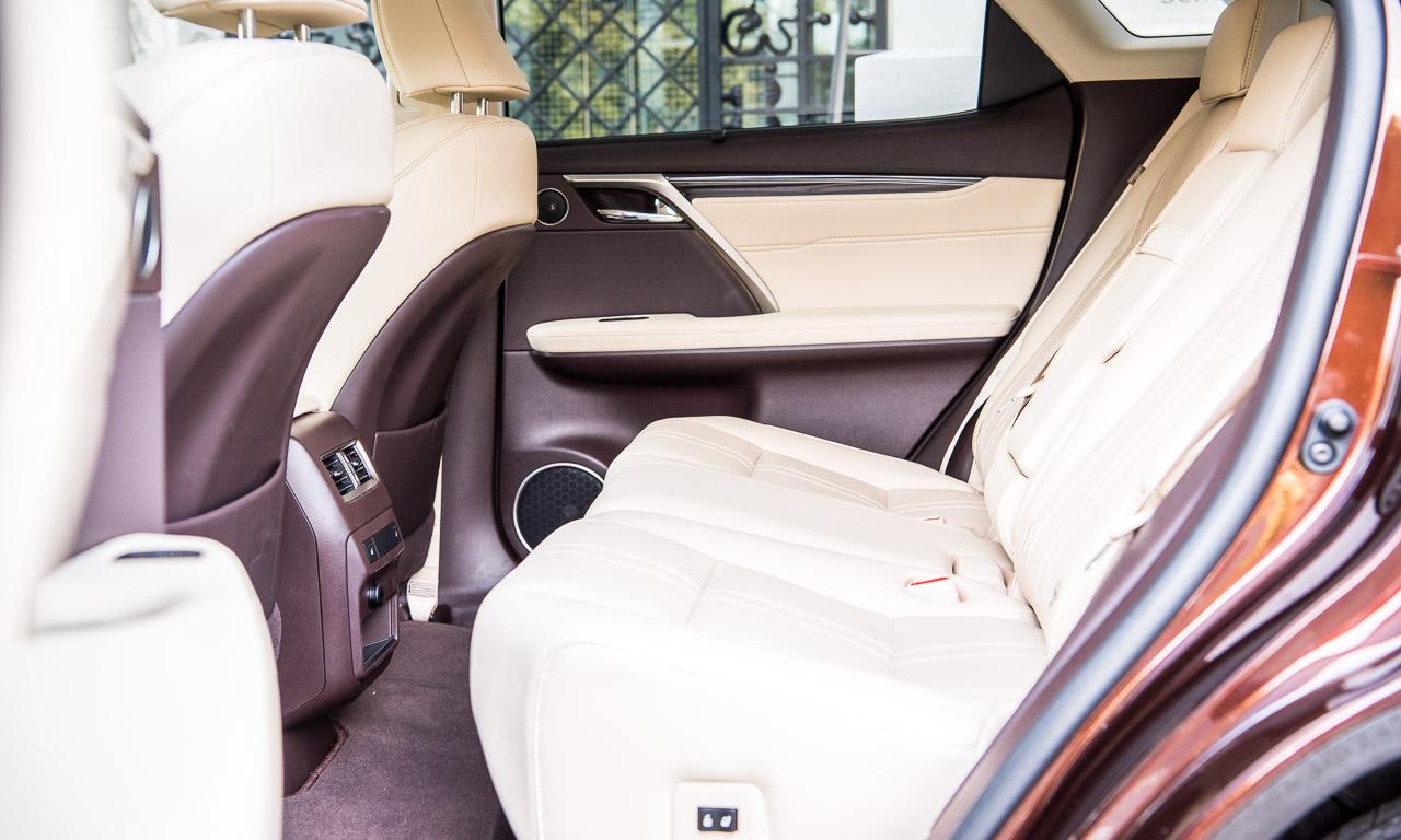 Lexus RX450h Test Fahrbericht Langstrecke Wien Stuttgart Leonberg Schloss Solitude Lexus RX Toyota AUTOmativ.de Benjamin Brodbeck 19 - Lexus RX 450h Luxury im Test: Hybrid mit Jetski-Feeling und 313 PS