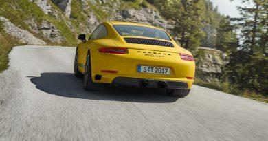 Porsche 911 Carrera T 9 390x205 - Neuer Porsche 911 Carrera T: Einmal Buchstabenroulette, bitte!