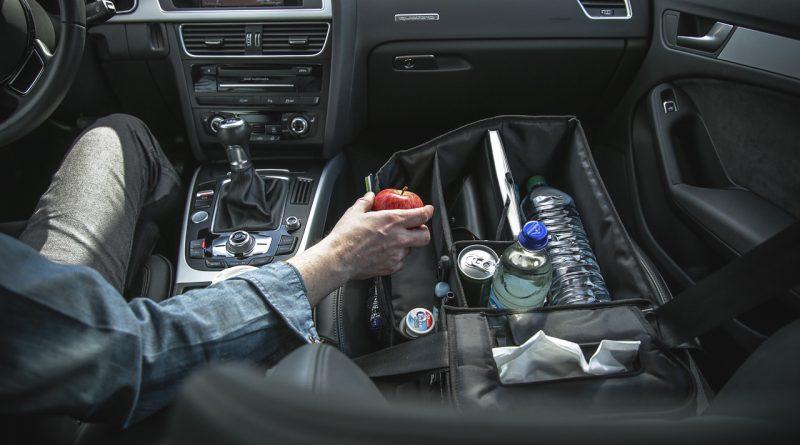 praktisches gadget im auto slotpack sorgt f r ordnung auf. Black Bedroom Furniture Sets. Home Design Ideas