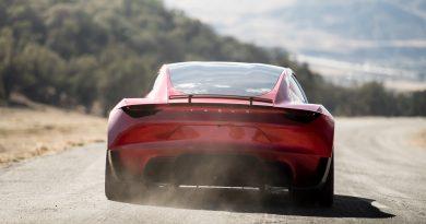 Für Elon Musk sind 1,9 Sekunden von 0 auf 100 nicht schnell genug