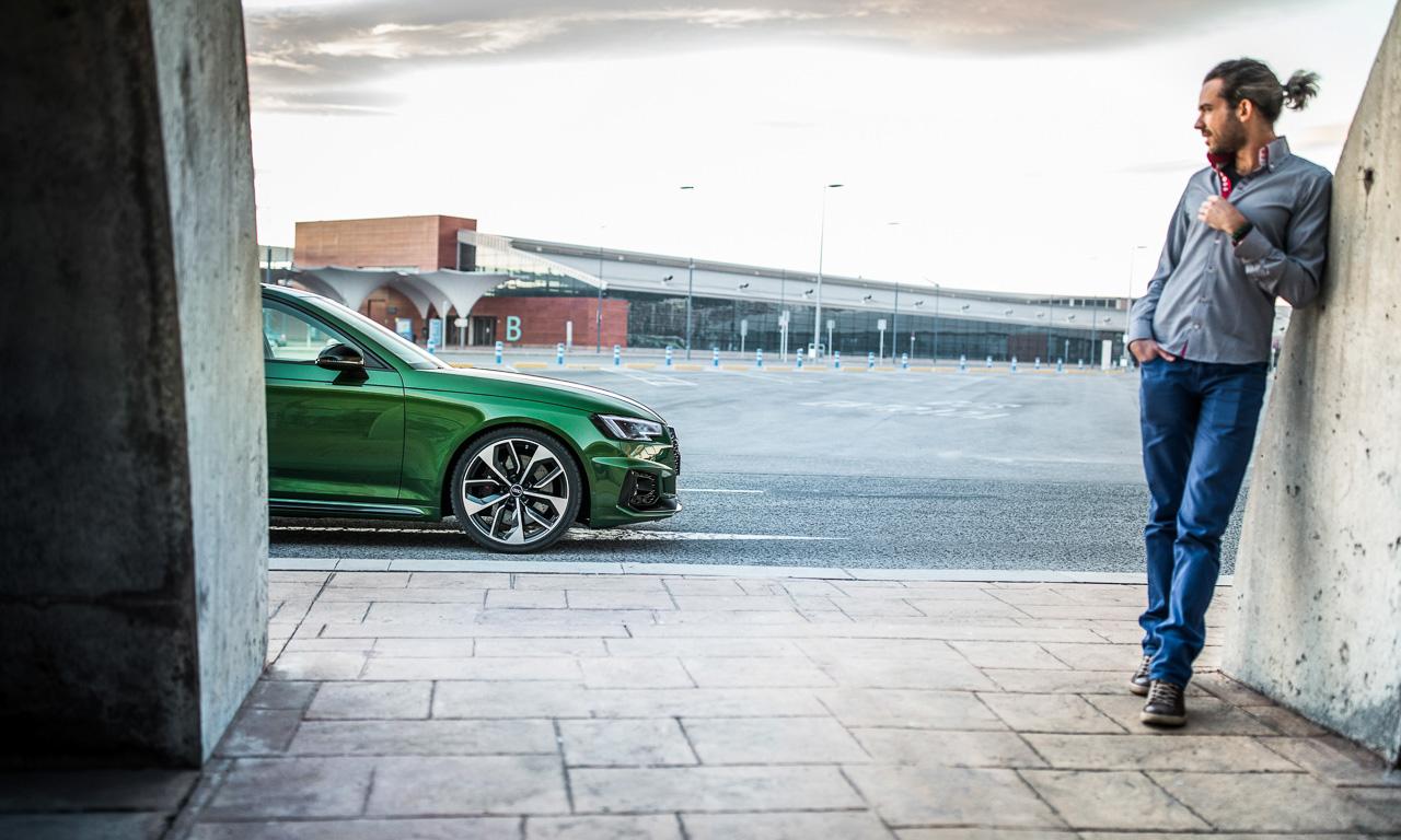 Audi RS4 Avant im Test und Fahrbericht AUTOmativ.de Benjamin Brodbeck Audi Sport Tobias Sagmeister - Test neuer Audi RS4 Avant: Langstreckensportler für Kind und Kegel - und Grünverschnitt