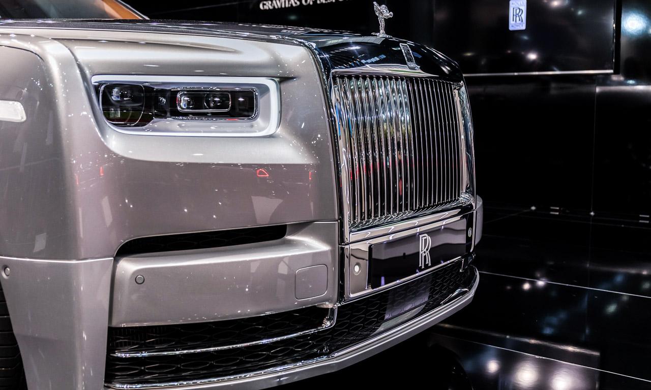 Vienna Auto Show 2018 Rundgang mit Donjeta Salihi AUTOmativ.de Benjamin Brodbeck Rolls Royce Phantom Alfa Romeo Stelvio Quadrifoglio 11 - Sitzprobe im neuen Rolls-Royce Phantom - oder doch in einer Luxusyacht?