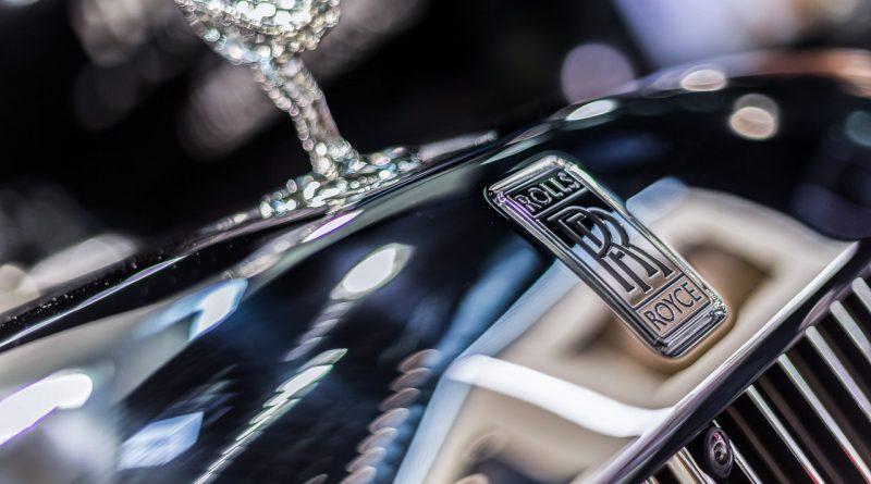 Vienna Auto Show 2018 Rundgang mit Donjeta Salihi AUTOmativ.de Benjamin Brodbeck Rolls Royce Phantom Alfa Romeo Stelvio Quadrifoglio 13 800x445 - Rolls-Royce: 37 Mythen und Legenden der britischen Luxusschmiede