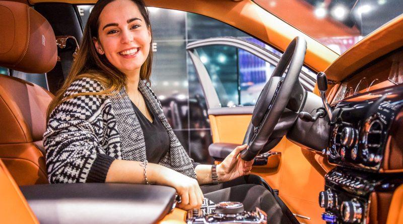 Vienna Auto Show 2018 Rundgang mit Donjeta Salihi AUTOmativ.de Benjamin Brodbeck Rolls Royce Phantom Alfa Romeo Stelvio Quadrifoglio 22 800x445 - Sitzprobe im neuen Rolls-Royce Phantom - oder doch in einer Luxusyacht?