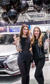 Vienna Auto Show 2018 Rundgang mit Donjeta Salihi AUTOmativ.de Benjamin Brodbeck Rolls Royce Phantom Alfa Romeo Stelvio Quadrifoglio 23 216x360 - Das war die Vienna Autoshow 2018: Danke James Watt!