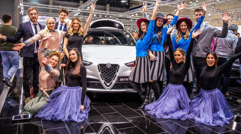 Vienna Auto Show 2018 Rundgang mit Donjeta Salihi AUTOmativ.de Benjamin Brodbeck Rolls Royce Phantom Alfa Romeo Stelvio Quadrifoglio 31 800x445 - Das war die Vienna Autoshow 2018: Danke James Watt!