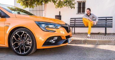 Renault Megane RS Fahrbericht und Test Megane AUTOmativ.de Benjamin Brodbeck Launch Control Racetrack YOUTUBECOVER 29 390x205 - Fahrbericht Renault Mégane R.S. (2018) Cup: Ungezähmt und unzensiert