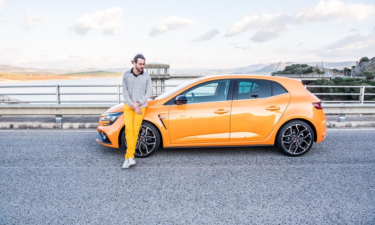 1Renault Megane RS Fahrbericht und Test Megane AUTOmativ.de Benjamin Brodbeck Launch Control Racetrack YOUTUBECOVER 45 - Fahrbericht Renault Mégane R.S. (2018) Cup: Ungezähmt und unzensiert